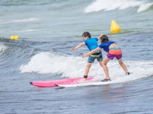 cursos iniciacion surf mallorca ninos