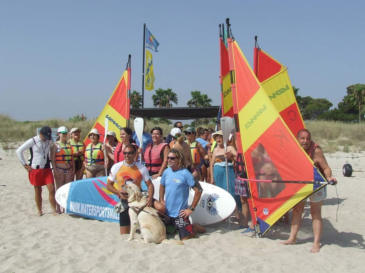 clases de sup y windsurf para discapacitados visuales - Angepasster und zugänglicher Sport