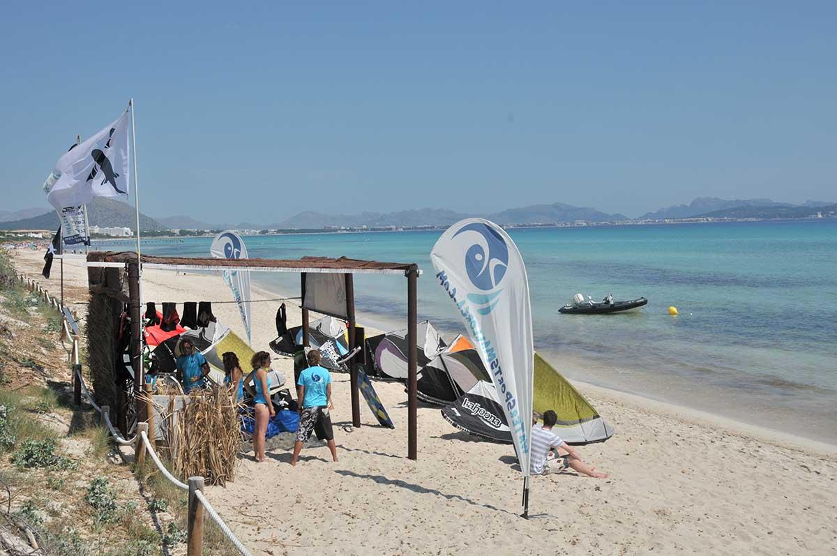 instalaciones de la escuela de kitesurf en mallorca watersportsmallorca - Facilities
