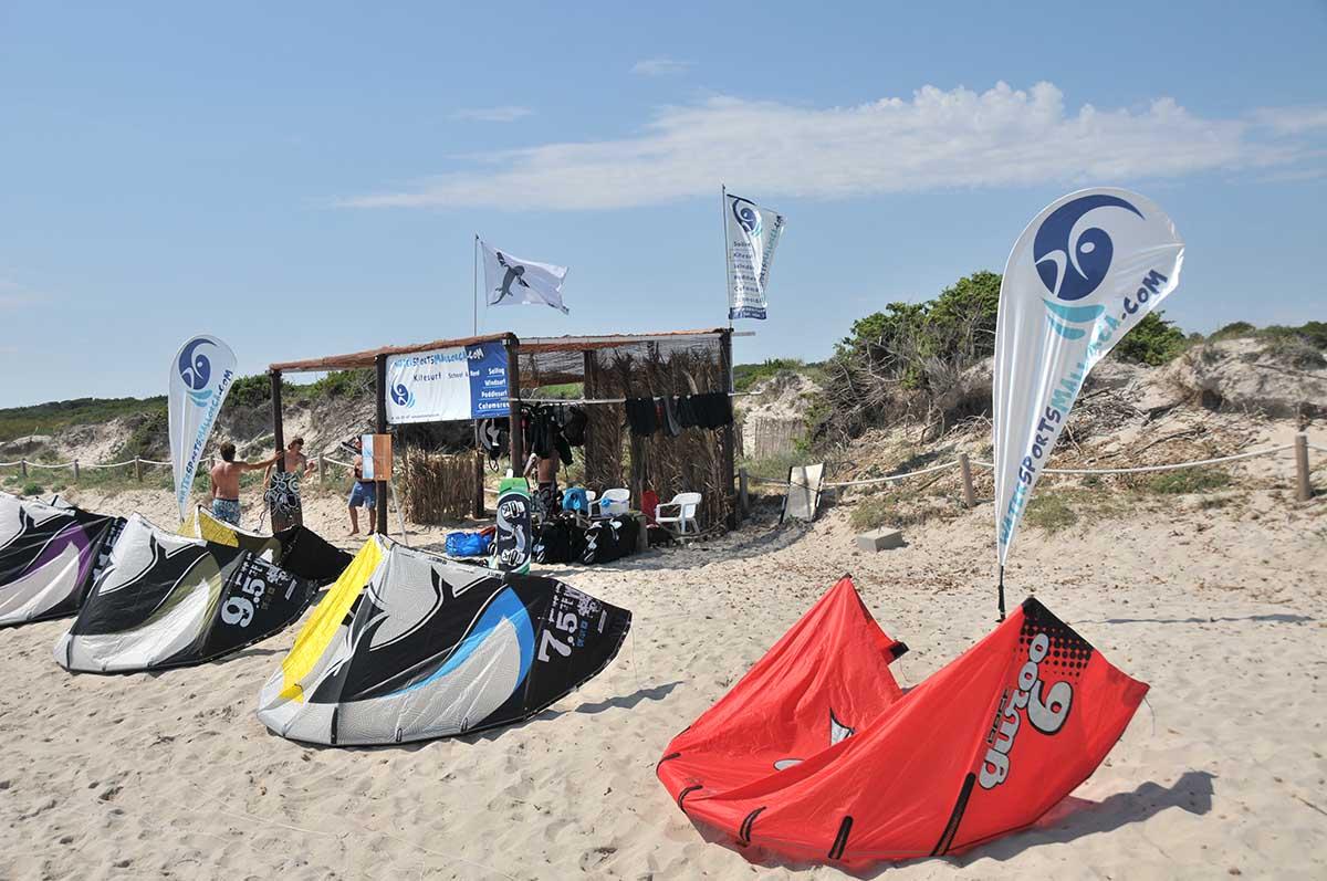 instalaciones de la escuela de kitesurfing en mallorca watersportsmallorca - Facilities