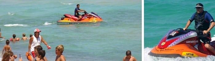 socorista en la playa de muro en mallorca - Playa de Muro