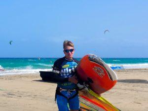 jakub es monitor en la escuela de kitesurf de alcudia 300x225 - Team
