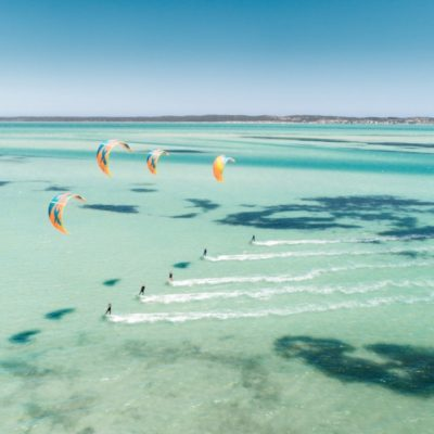 Kitesurfing: the origins of the kite